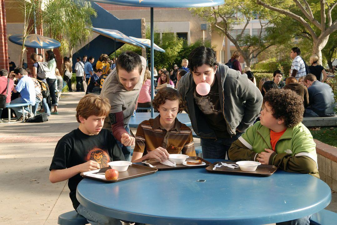 Die drei Jungen Emmit (David Dorfman, l.), Ryan (Troy Gentile, r.) und Wade (Nate Hartley, M.) werden an ihrer Schule ständig von den viel älteren... - Bildquelle: 2007 Paramount Pictures