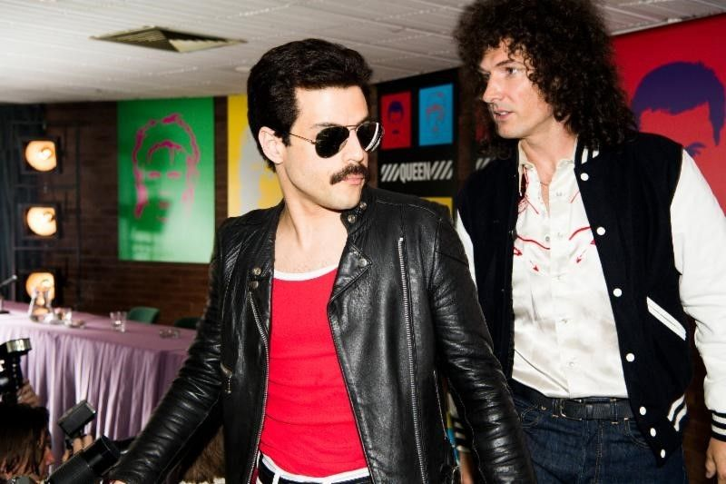 Freddie Mercury (Rami Malek, l.); Brian May (Gwilym Lee, r.) - Bildquelle: 2018 Twentieth Century Fox Film Corporation.  All rights reserved.