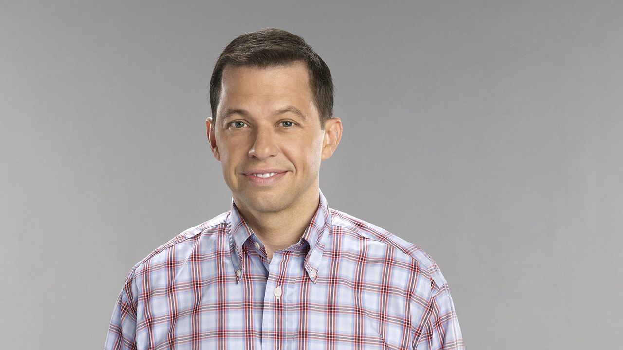 "Jon Cryer spielt in ""Two and a half Men"" Alan Harper"