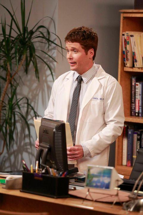 Noch ahnt Bobby (Kevin Connolly) nicht, welche Folgen seine Idee für den Hochzeitstag haben wird ... - Bildquelle: 2013 CBS Broadcasting, Inc. All Rights Reserved.