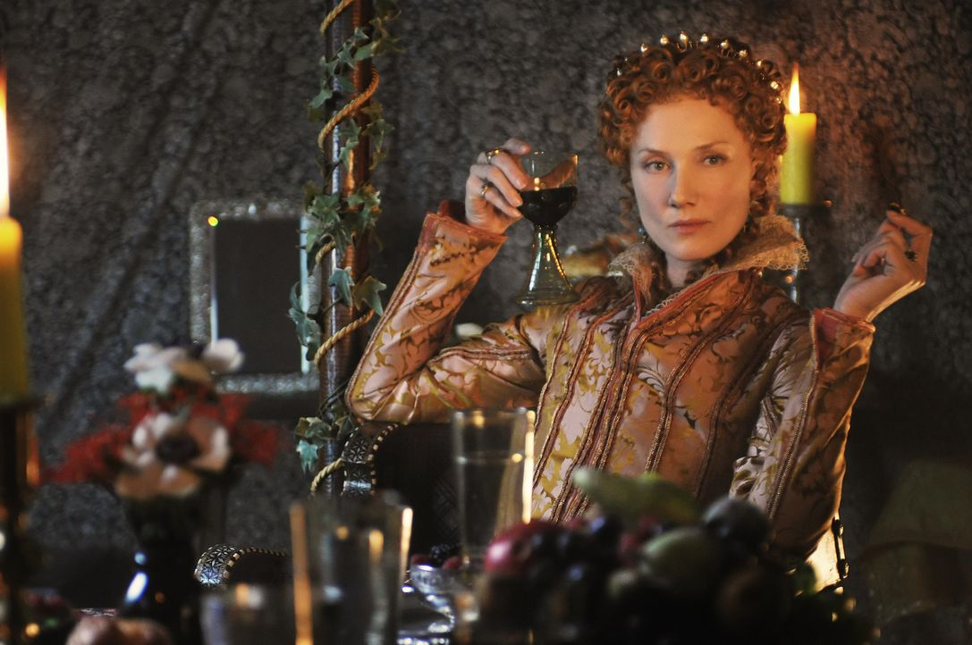 Ahnt nicht, dass ihr engster Berater schon heute alles dafür tut, um ihre Nachfolge zu regeln: Königin Elizabeth I. (Joely Richardson) ... - Bildquelle: Reiner Bajo 2011 Columbia Pictures Industries, Inc. and Beverly Blvd LLC. All Rights Reserved.