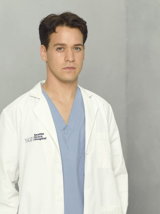 (5. Staffel) - Nach seiner bestandenen Prüfung hat Dr. George O'Malley (T.R. Knight) nur ein Ziel: den Tag überstehen, ohne einen Patienten umzubrin... - Bildquelle: Bob D'Amico 2007 American Broadcasting Companies, Inc. All rights reserved. NO ARCHIVING. NO RESALE.