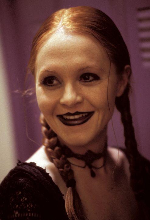 Was hat Crystal (Andrea Morris) mit den tödlichen Vorkommnissen an der Roger´s High zu tun? - Bildquelle: North by Northwest Entertainment