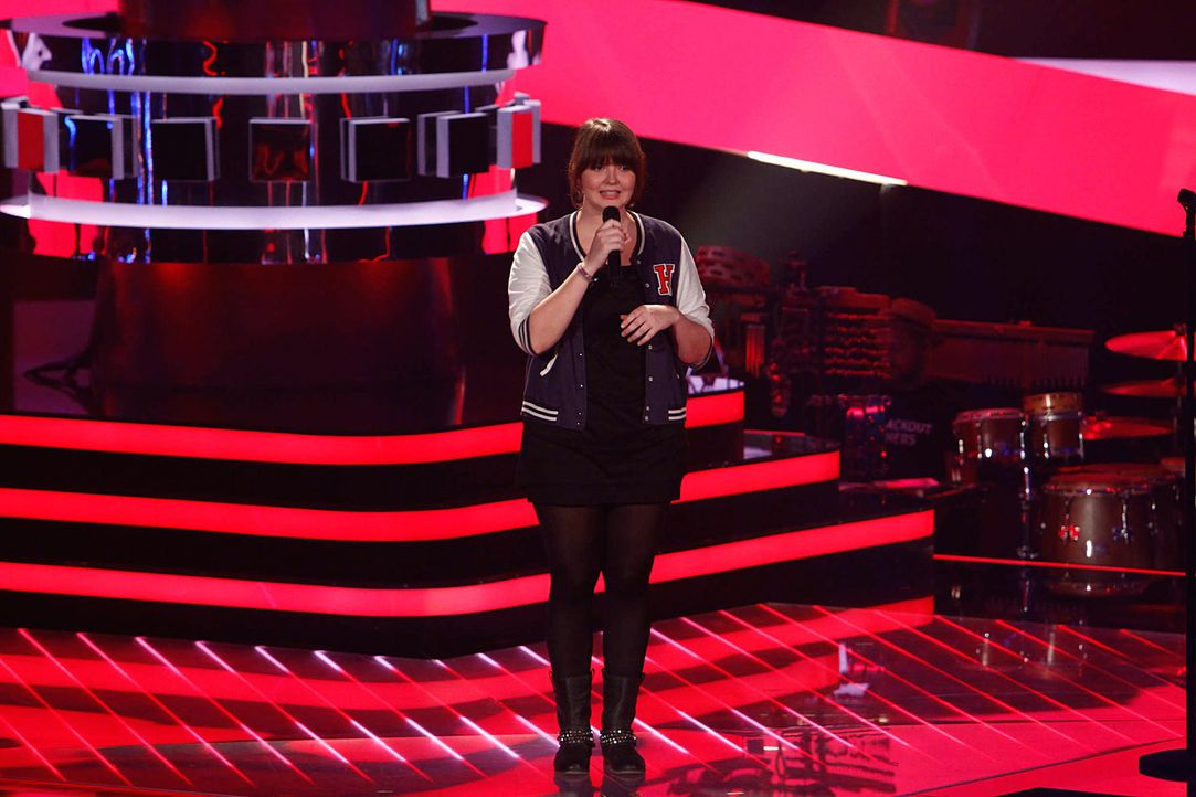 laura-01-the-voice-of-germany-staffel-2-epi04-showjpg 2000 x 1333 - Bildquelle: SAT.1/ProSieben/Richard Hübner