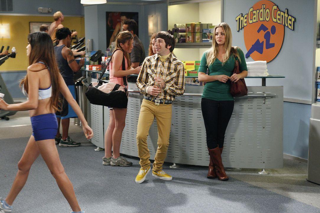 Suchen eine Freundin für Raj: Howard (Simon Helberg, 2.v.r.) und Penny (Kaley Cuoco, r.) ... - Bildquelle: Warner Bros. Television
