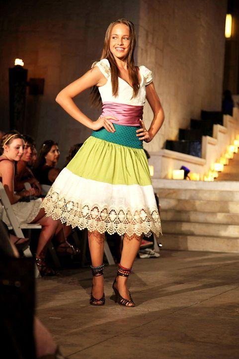 germanys-next-topmodel-stf07-epi09-fashionshow-029-prosiebenjpg 1333 x 2000 - Bildquelle: ProSieben