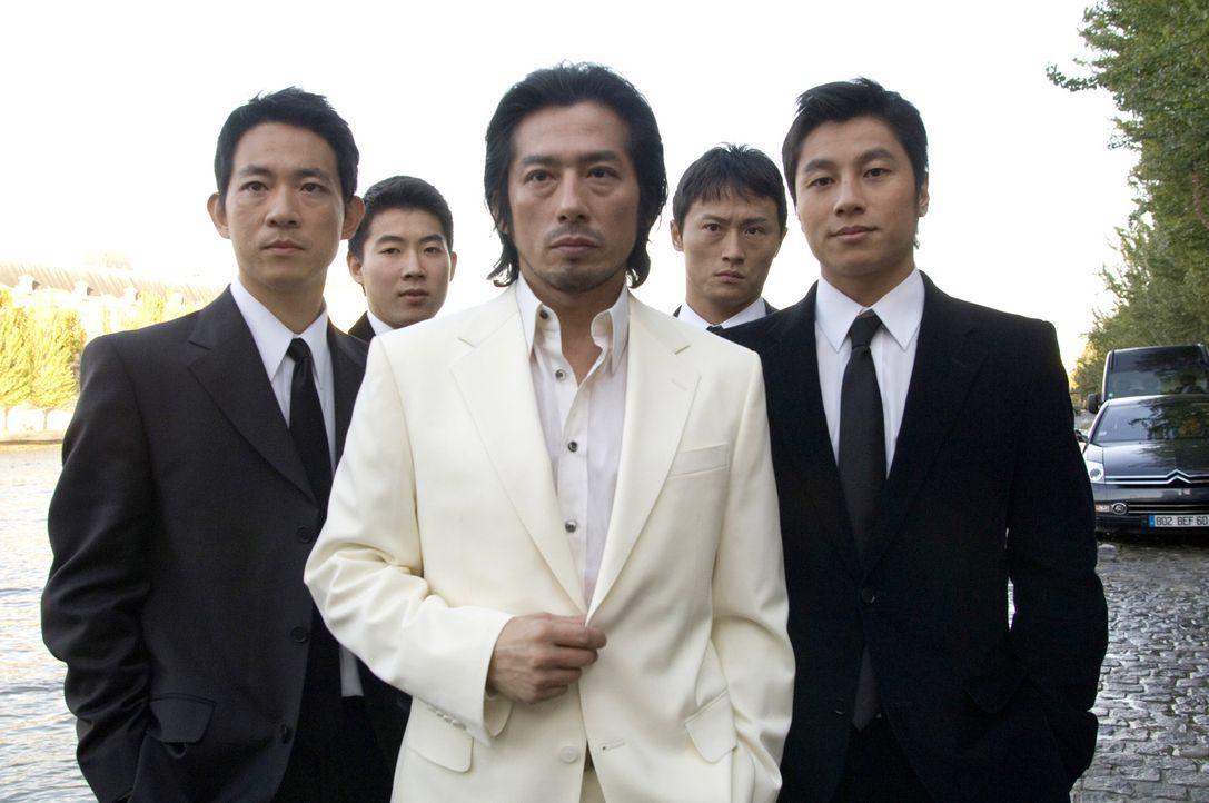 Geht über Leichen: Triaden-Boss Kenji (Hiroyuki Sanada, M.) ... - Bildquelle: Warner Bros.