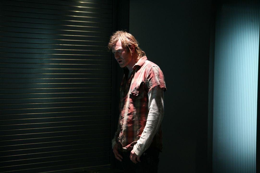 Erkennt in Ethan seinen seit 18 Jahren verschollen Bruder Patrick wieder: Danny (Jason Flemyng) ... - Bildquelle: ITV Plc
