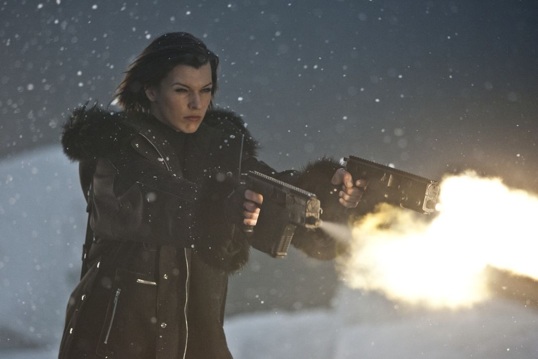 Befindet sich in einer andauernden Schlacht um den Fortbestand der Menschheit: Alice (Milla Jovovich) ... - Bildquelle: 2011 Davis Films/Impact Pictures (RE5) Inc. and Constantin Film International GmbH.
