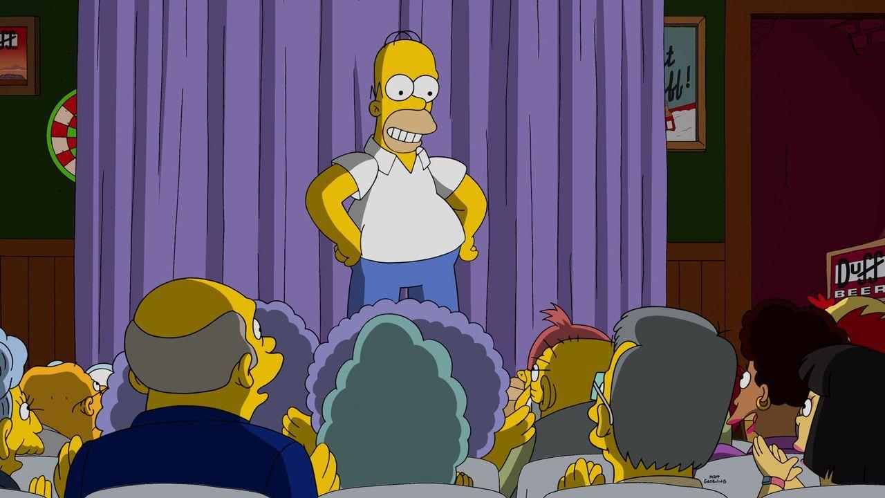 Wird Homer ein gefeierter Impro-Star werden? - Bildquelle: 2015 Fox and its related entities.  All rights reserved.