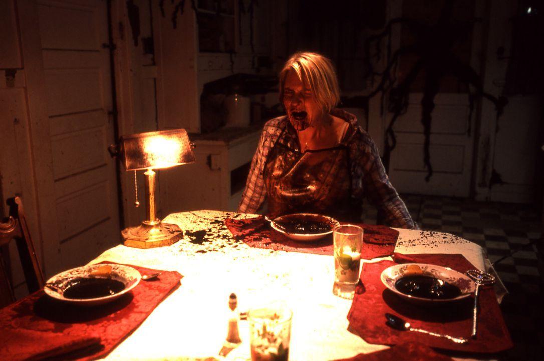 Wenn das Böse zum Leben erwacht! Kaum sind die Pathologin Leslie Doyle (Denise Crosby) und ihre zwei Kindern in das neue Haus eingezogen, ist es mi... - Bildquelle: Echo Bridge Entertainment LLC