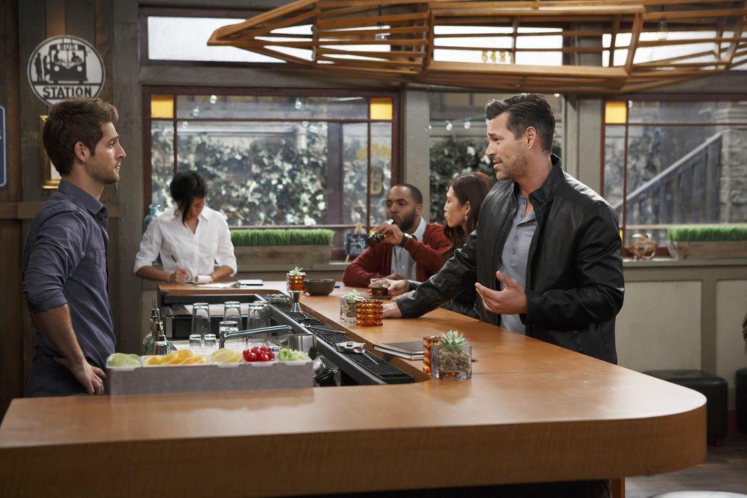 Riley hat Ross' Freunde noch nicht kennengelernt, obwohl die beiden mittlerw... - Bildquelle: Bruce Birmelin ABC Family