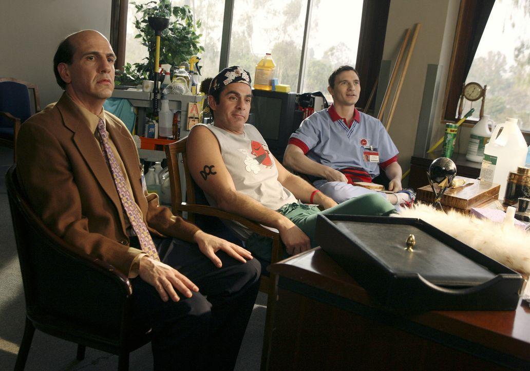 Ted (Sam Lloyd, l.), Todd (Robert Maschio, M.) und Doug (Johnny Kastl, r.) treffen sich zur ersten Sitzung des neu gegründeten Vereins ... - Bildquelle: Touchstone Television