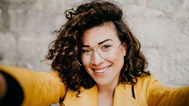 Curly Hair können wir alle tragen! Auf welche Produkte Ihr bei lockigen Haare...