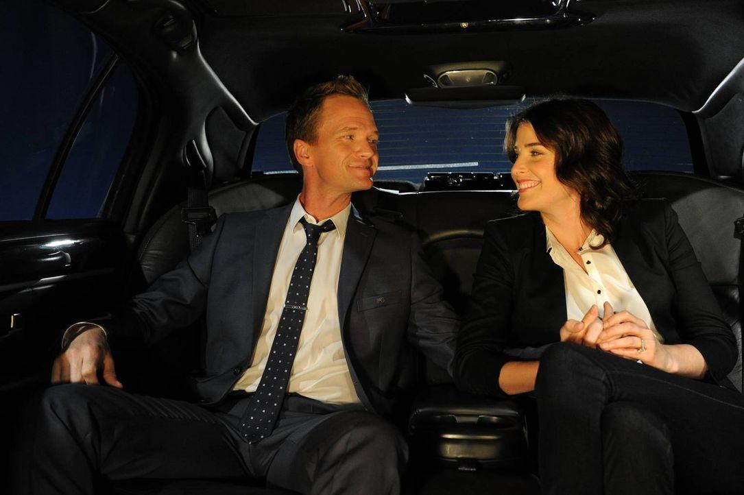 Bereiten sich auf ihre bevorstehende Hochzeit vor: Barney (Neil Patrick Harris, l.) und Robin (Cobie Smulders, r.) ... - Bildquelle: 2013 Twentieth Century Fox Film Corporation. All rights reserved.