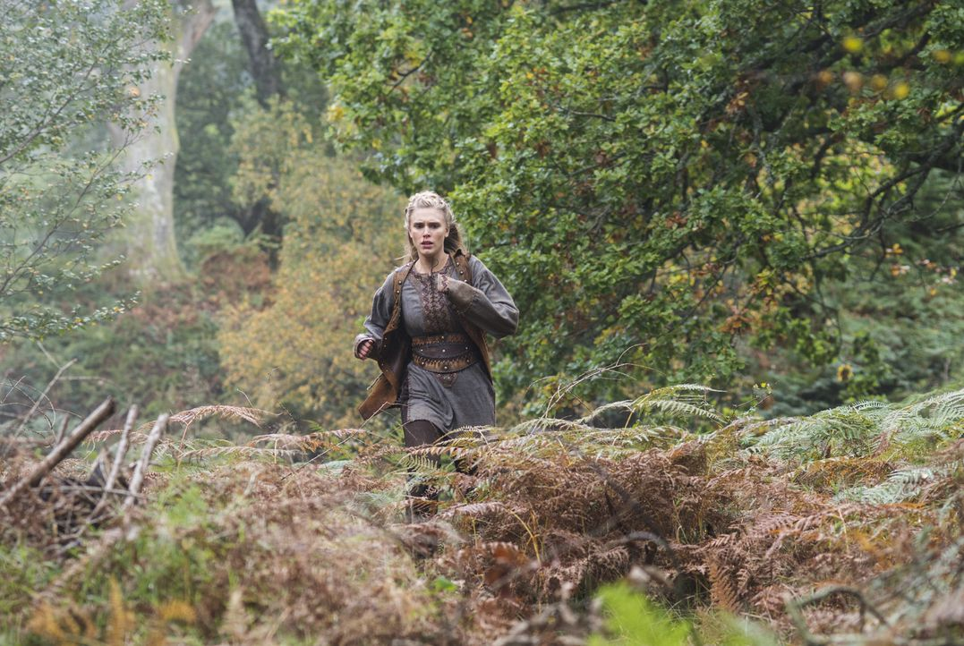 König Horik möchte seinen Plan endlich in die Tat umsetzten. Steht auch Porunn (Gaia Weiss) auf der Liste der zu tötenden? - Bildquelle: 2014 TM TELEVISION PRODUCTIONS LIMITED/T5 VIKINGS PRODUCTIONS INC. ALL RIGHTS RESERVED.