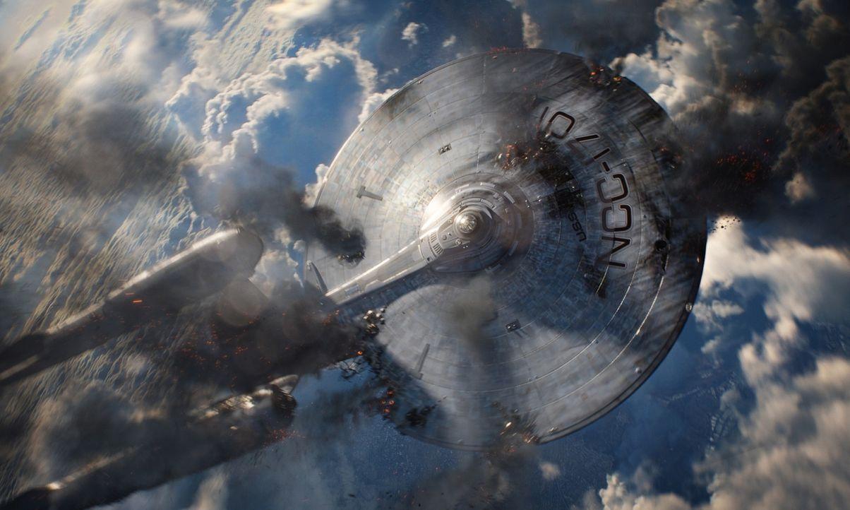 Die Enterprise fällt antriebslos aus dem Orbit in Richtung Erde. Kann die Crew den Absturz noch verhindern? - Bildquelle: 2013 Industrial Light & Magic, a division of Lucasfilm Entertainment Company Ltd., All Rights Reserved.