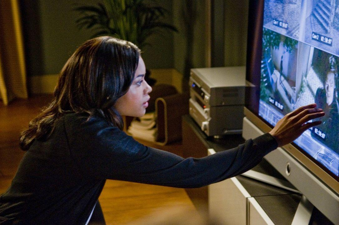 Gerät durch ihre Ermittlungen plötzlich selbst ins Visier des grausamen Ozunu-Clans: Europol-Agentin Mika Coretti (Naomie Harris) ... - Bildquelle: 2009 Warner Brothers