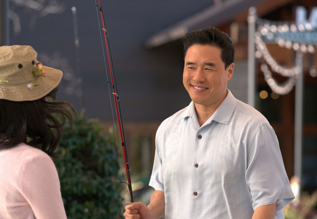 Louis Huang (Randall Park) - Bildquelle: Mitchell Haaseth 2018-2019 American Broadcasting Companies.  All rights reserved.