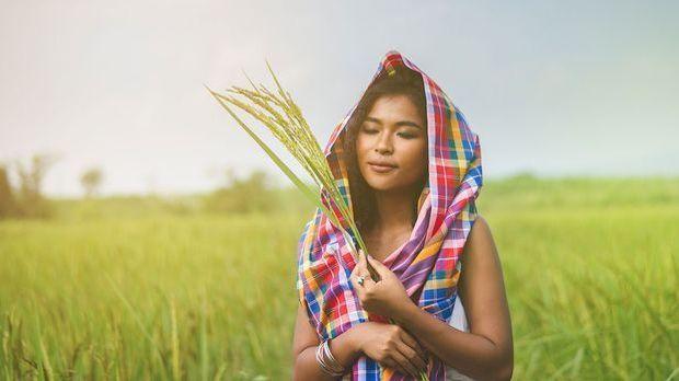 Was ist Reiswasser? Wir haben die Antwort im Beauty-Artikel und eine DIY-Anle...