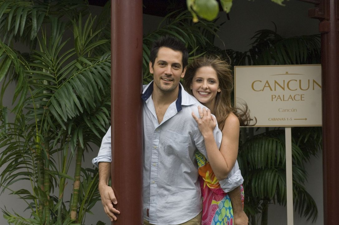Aus Liebe zu ihrem Ehemann Ryan (Michael Landes, l.) holt Anwältin Jess (Sarah Michelle Gellar, r.) seinen Bruder auf Bewährung aus dem Knast. Ein f...
