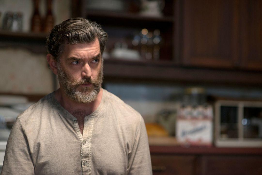 Was hat Cain (Timothy Omundson) bloß an sich, dass sogar der König der Hölle sich vor ihm fürchtet? - Bildquelle: 2013 Warner Brothers