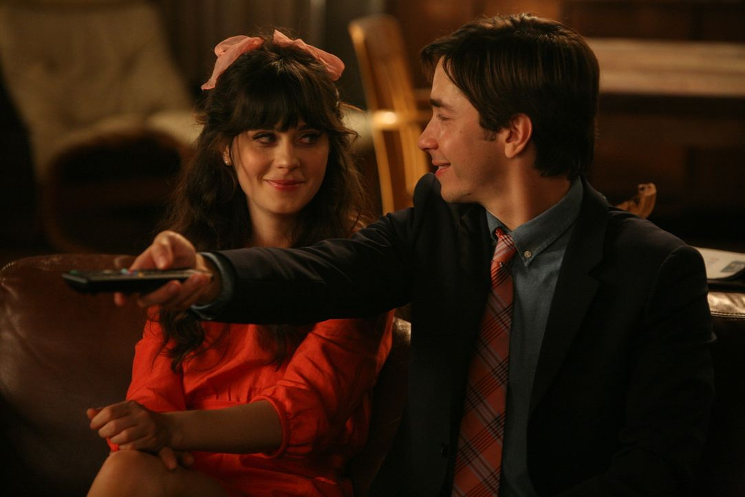 Ein Thanksgiving der besonderen Art: Jess (Zooey Deschanel, l.) und Paul (Justin Long, r.) ... - Bildquelle: 20th Century Fox