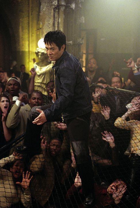 Nur einer kann Obergangster Ling das Handwerk legen: Su (Jet Li, M.) ... - Bildquelle: Warner Bros.