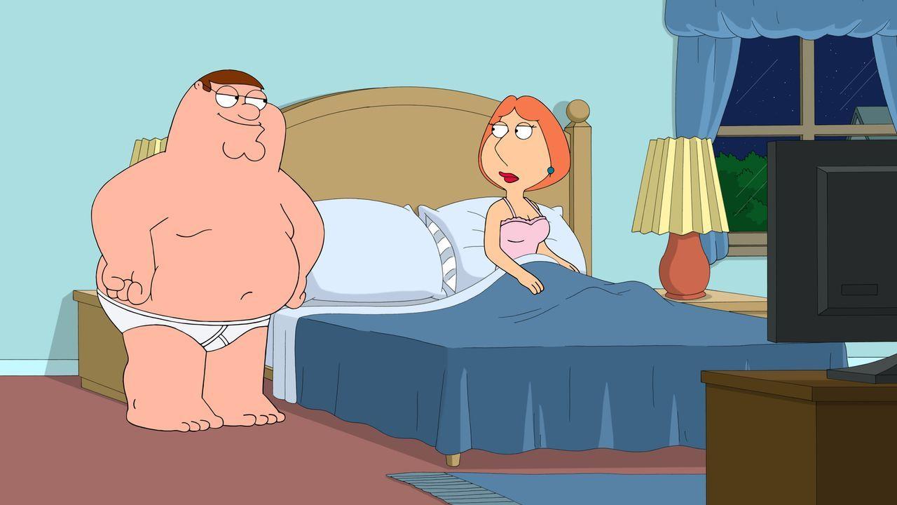 Als Lois (r.) eine neue Matratze kauft, steht das Liebesleben zwischen ihr und Peter (l.) still. Peter bittet seine Freunde um Hilfe ... - Bildquelle: 2015-2016 Fox and its related entities. All rights reserved.