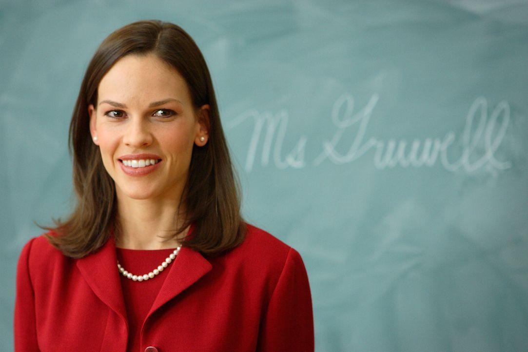 Englischlehrerin Erin Gruwell (Hilary Swank) steht vor ihrer neuen Klasse an der High School von Long Beach. Doch der Unterricht scheint keinen der... - Bildquelle: Paramount Pictures