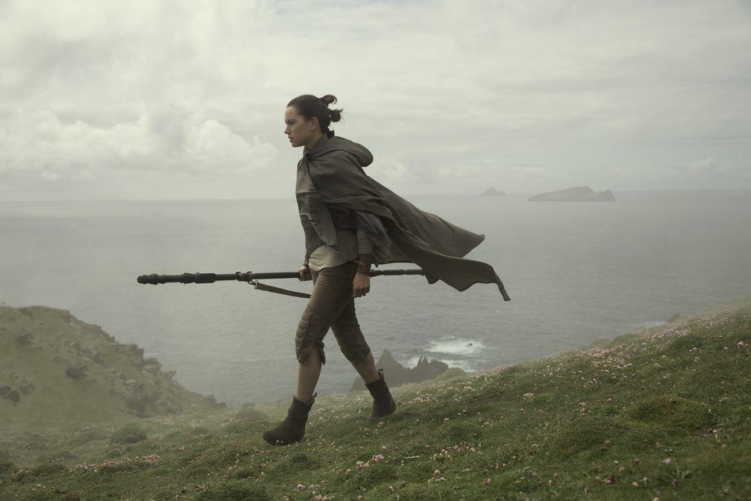 Rey (Daisy Ridley) - Bildquelle: David James 2017 & TM Lucasfilm Ltd. / David James
