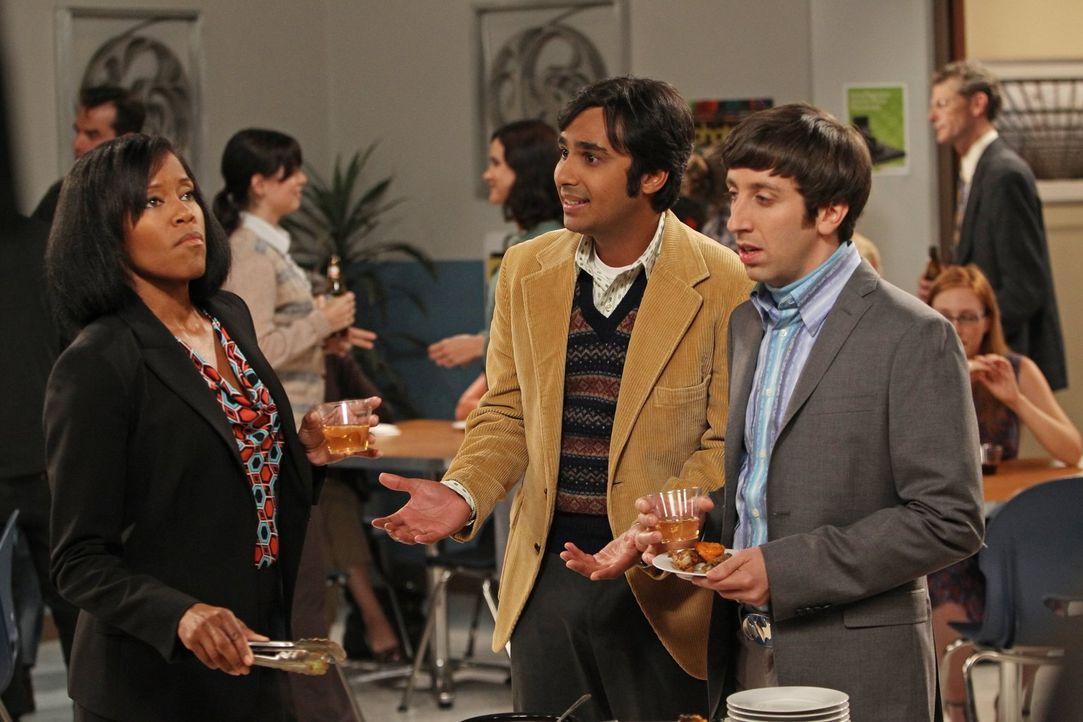 Während Leonard unterwegs ist, hilft Howard (Simon Helberg, r.) Raj (Kunal Nayyar, M.) dabei, über seine Ex-Freundin hinwegzukommen ... - Bildquelle: Warner Bros. Television