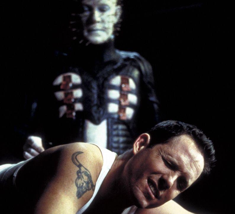 Willkommen im schlimmsten Alptraum von allem - der Realität!: Trevor (Dean Winters, r.) ahnt nicht, dass er ein Spielball jenseitiger Kräfte (Doug... - Bildquelle: Miramax Films