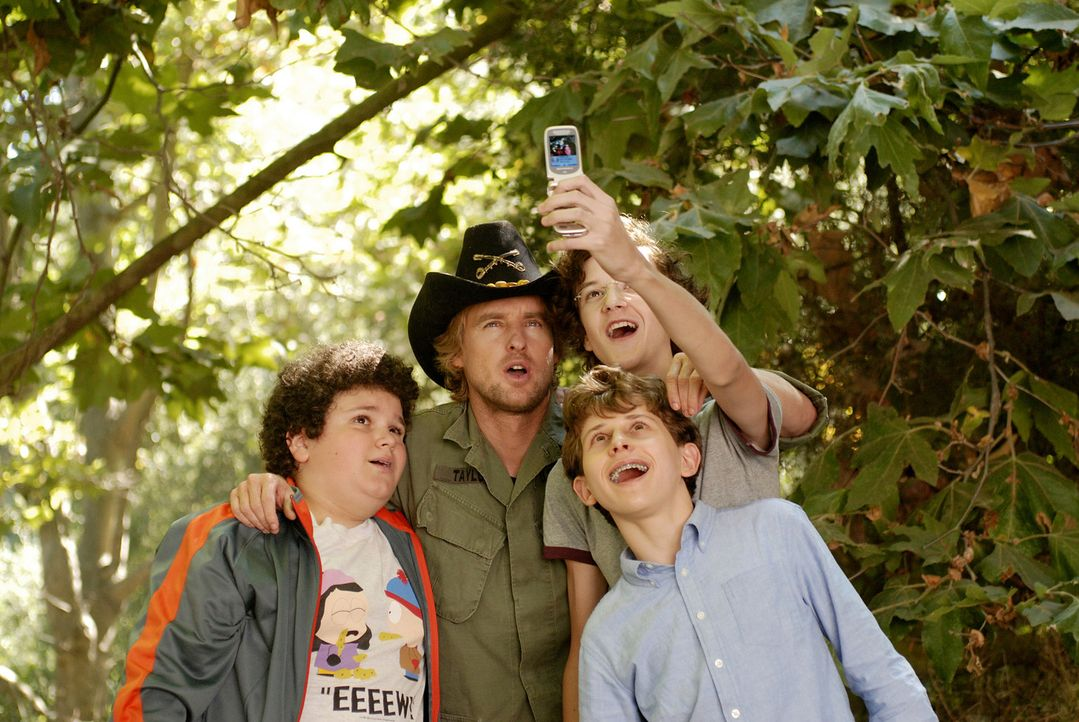 Die drei Highschool-Neulinge Ryan (Troy Gentile, l.), Wade (Nate Hartleyr.) und Emmit (David Dorfman, 2.v.r.) wollen sich nicht länger von einigen... - Bildquelle: 2007 Paramount Pictures