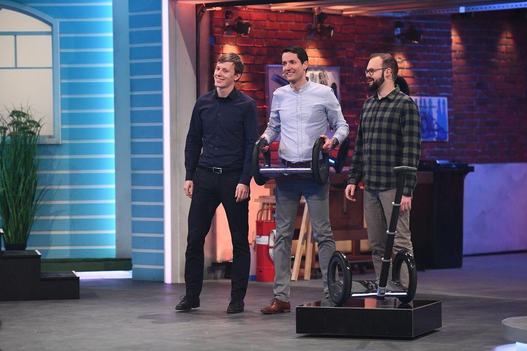 (v.l.n.r.) Felix Ballendat; Sebastian Signer; Jakob Karbaumer - Bildquelle: Willi Weber ProSieben/Willi Weber