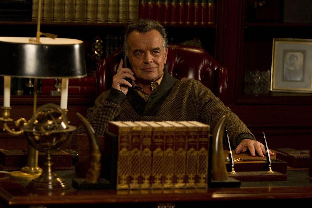 Nach alldem was geschehen ist, ruft Robin ihren Vater (Ray Wise) an um mit ihm zu sprechen ... - Bildquelle: 20th Century Fox International Television