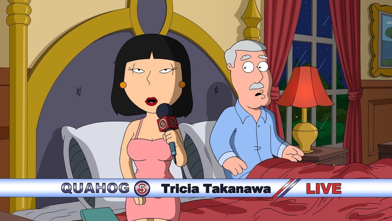 Schlägt sich die Journalistin Tricia Takanawa (l.) wirklich auf die Seite des Brauereidirektors Carter Pewterschmidt (r.) oder spielt sie lediglich... - Bildquelle: 2016-2017 Fox and its related entities.  All rights reserved.