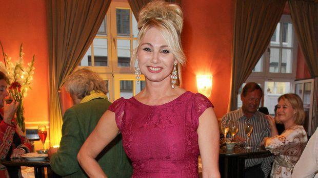 Christine Zierl - Biografie, Infos und Bilder - ProSieben