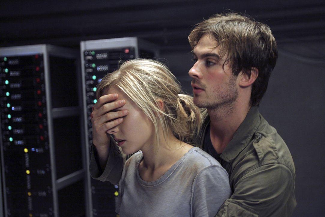 Schau mir in die Augen, Kleines!: Dexter (Ian Somerhalder, r.) weiß genau, dass Mattie (Kristen Bell, l.) den grausigen Gestalten niemals in die Aug... - Bildquelle: The Weinstein Company