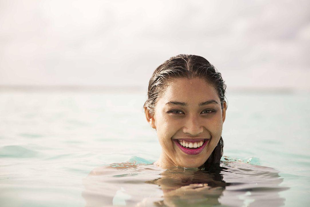GNTM-Stf10-Epi13-Bikini-Shooting-Malediven-142-Anuthida-ProSieben-Boris-Breuer - Bildquelle: ProSieben/Boris Breuer