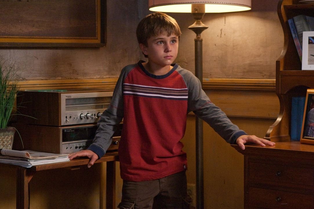 Die Brüder Dean und Sam kommen nach Alliance in Nebraska, wo sich merkwürdige Dinge zutragen. Bald stoßen sie auf einen Jungen namens Jesse (Gatt... - Bildquelle: Warner Bros. Television
