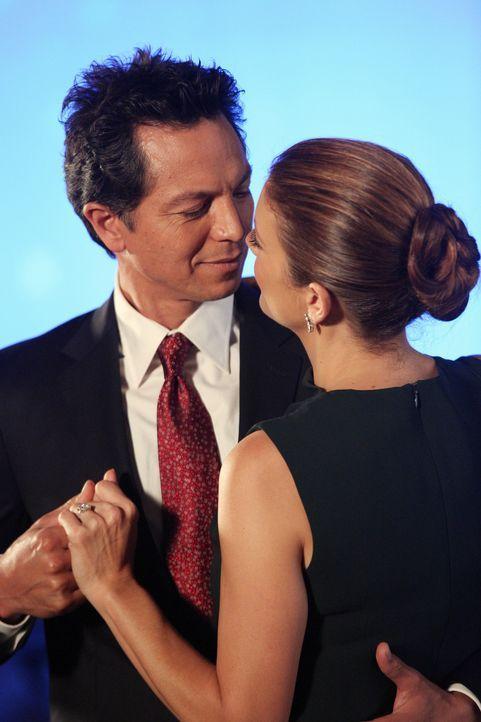 Haben Jake (Benjamin Bratt, l.) und Addison (Kate Walsh, r.) eine gemeinsame Zukunft vor sich? - Bildquelle: ABC Studios