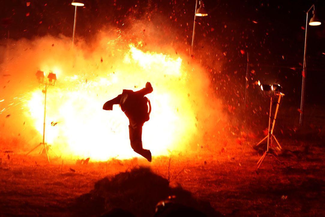 Ist Feuer und Flamme für seinen neuen Auftrag: Jack Robideaux (Jean-Claude Van Damme) ... - Bildquelle: 2008 Worldwide SPE Acquisitions Inc. All Rights Reserved.