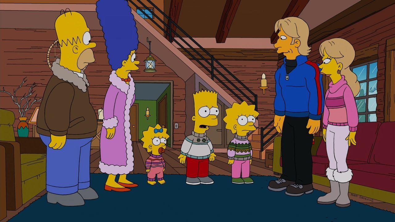 Nachdem sie einen Tornado überlebt haben, suchen Marge (2.v.l.) und Homer (l.) nach einem geeigneten Vormund für Bart (M.), Lisa (3.v.r.) und Maggie... - Bildquelle: und TM Twentieth Century Fox Film Corporation - Alle Rechte vorbehalten