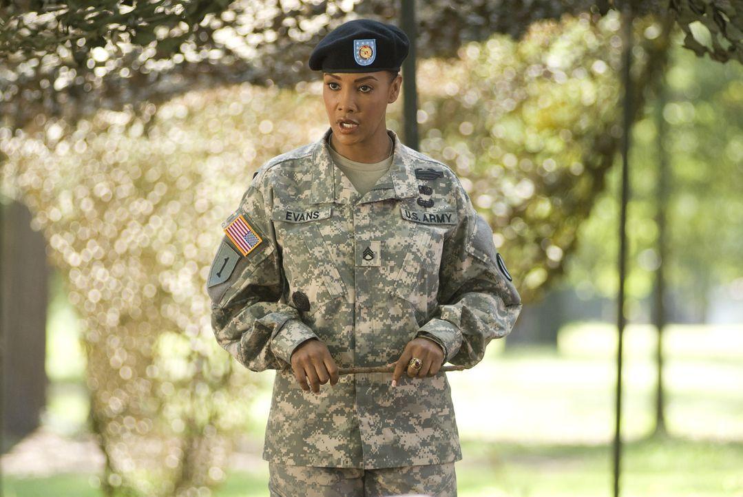 Sergeant Louisa Morleys (Vivica A. Fox) Vorstellung nach, besteht man die Ausbildung nur dann, wenn man im wahrsten Sinne des Wortes Blut und Wasser... - Bildquelle: 2007 MAJOR PRODUCTIONS, INC.