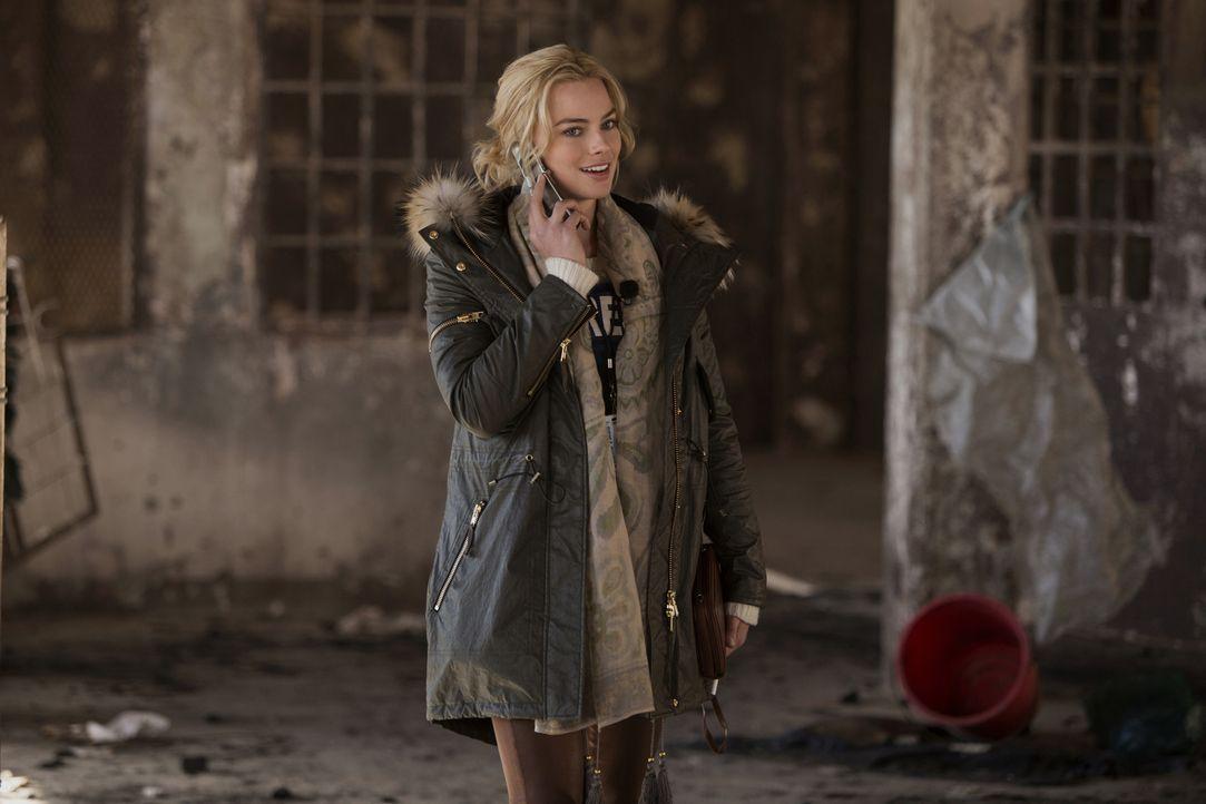 Weiß sich in der Männerdomäne der Kriegsreporter zu behaupten: Tanya Vanderpoel (Margot Robbie) ... - Bildquelle: Frank Masi 2015 Paramount Pictures. All Rights Reserved.