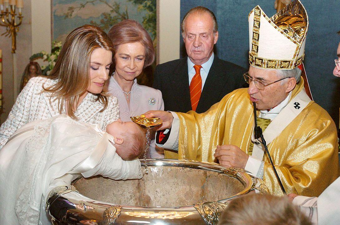 Taufe-Prinzessin-Leonor-von-Spanien-06-01-14-01-dpa - Bildquelle: dpa picture alliance