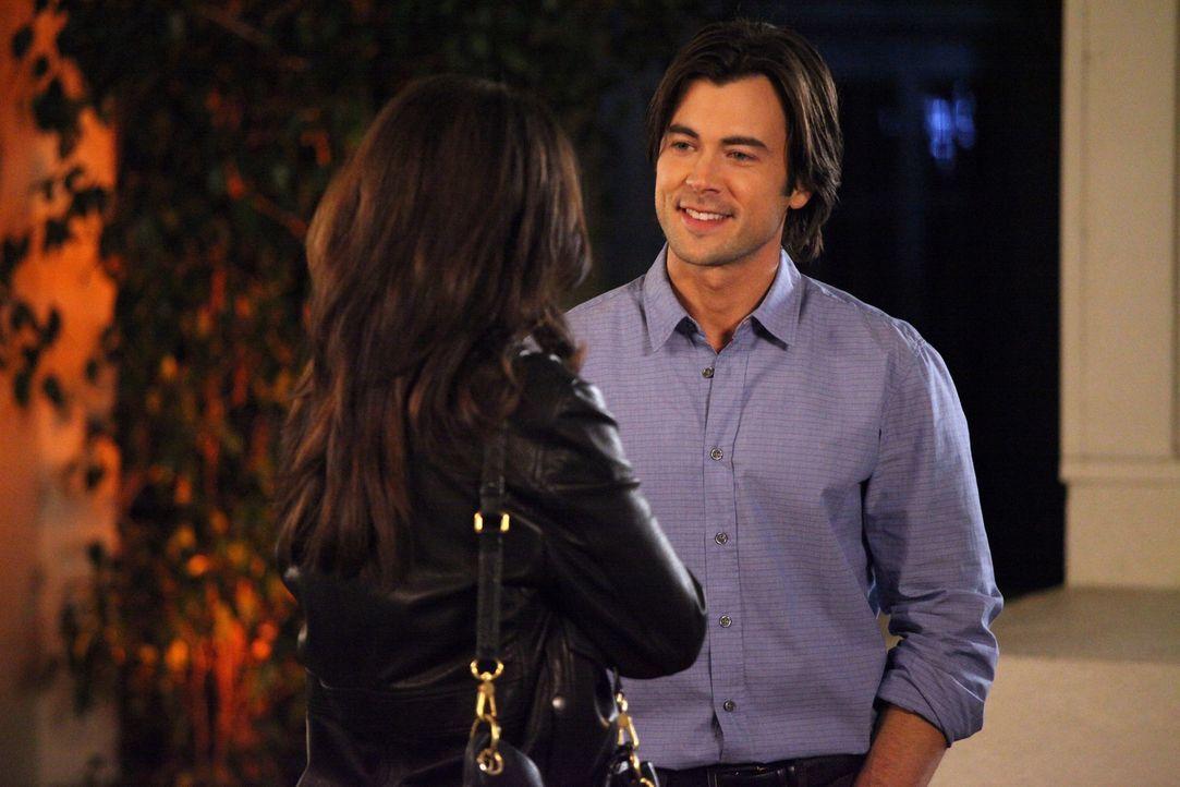 Auf Amelia (Caterina Scorsone, l.) und James (Matt Long, r.) wartet ein Dinner mit unerwarteten Folgen ... - Bildquelle: ABC Studios
