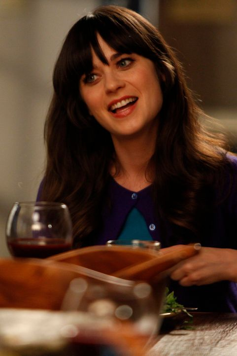 Jess (Zooey Deschanel) soll auf Russells Tochter Sara aufpassen und möchte, dass sich die Jungs anständig benehmen. Das klappt natürlich nicht, und... - Bildquelle: 20th Century Fox