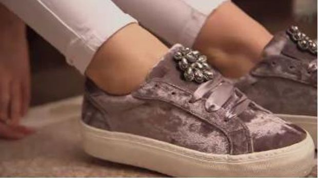 Samt-Schuhe